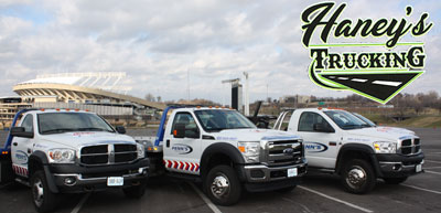 Haney's Trucking and Tow Service offering 24/7 Emergency Towing in the Kansas City Metro Area 24/7. Serving both Kansas and Missouri.
